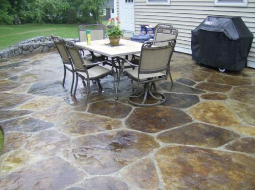 backyard-concrete-patio-resized-600.jpg